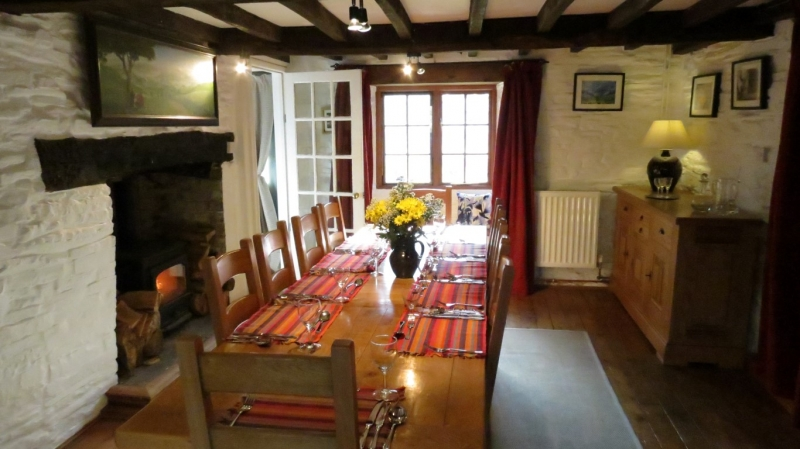 Dining Area to Accommodation near Powys